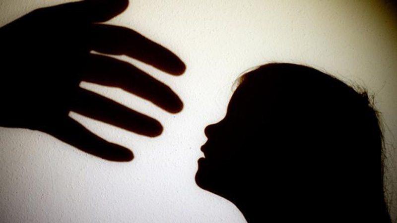 ¿Reproducen los niños la conducta violenta de sus padres?