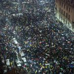 Tens of thousands of Romanians brave snow for corruption protest
