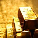 Gold recovers value