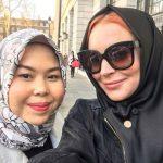 Lindsay Lohan converts to Islam?