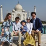 Justin Trudeau spotted with Bollywood bigwigs SRK, Farhan Akhtar and more