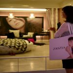 S. Korean cosmetics lay  foundation to seduce Europe