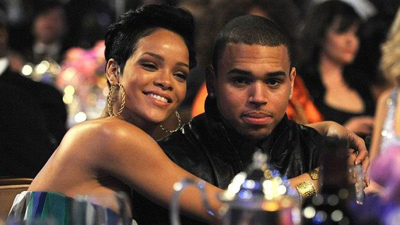 Chris Brown Gifts Diamond Chain To Ex Girlfriend Rihanna