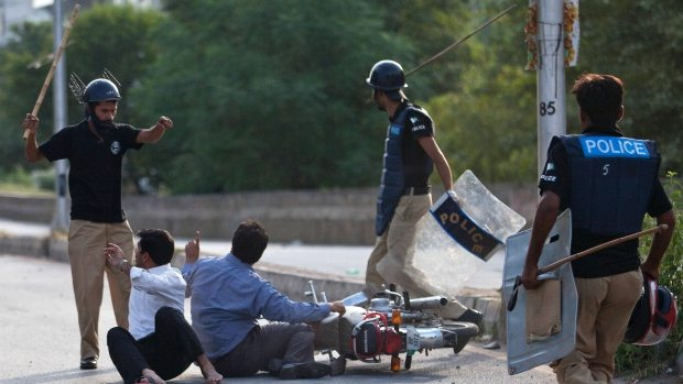 Pakistan – Still suffering from a colonial-era policing system