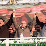 Shehbaz's jalsa in Gujranwala shows Nawaz still the crowd puller