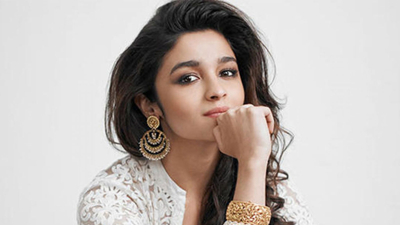 In an interview with DNA, Indian actor Alia Bhatt says that Varun Dhawan has a 'wider reach' than her, and thus she can't expect the same amount of money ...