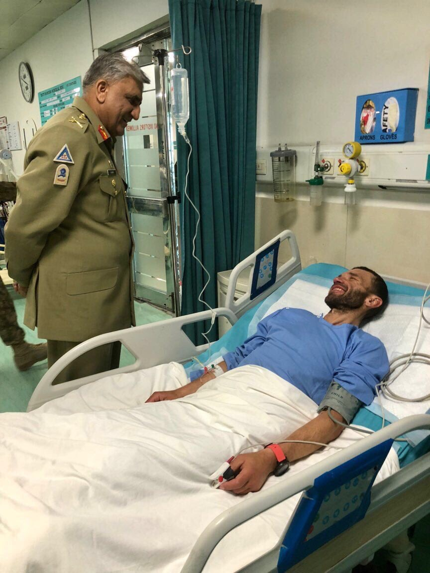 Army Chief visits Russian climber at CMH - Daily Times