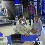 VIDEO: Citizens foil armed robbery bid in Karachi