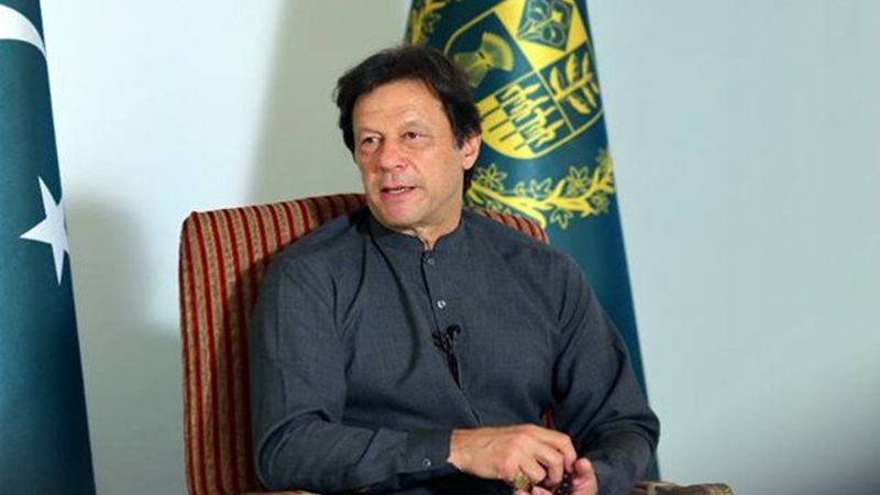 One who takes 'U-turns' is a 'true' leader: Imran