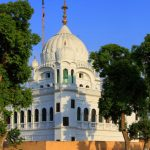 Kartarpur: PM bowls a googly, foreign minister gets out