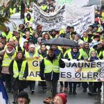 French 'yellow vests' protest in their thousands for fifth Saturday