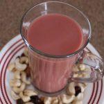 When it comes to Kashmiri tea, Lahoris will even devour similar flavoured cakes