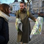 Young Moldovans fight corruption as election nears
