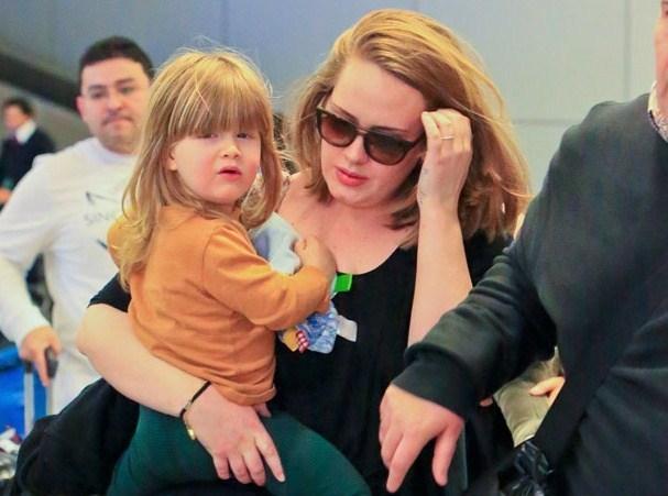 Adele Bids Farewell To Marriage: 'Hello' To Singlehood