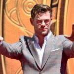 Chris Hemsworth misspells own name at 'Avengers' handprint ceremony