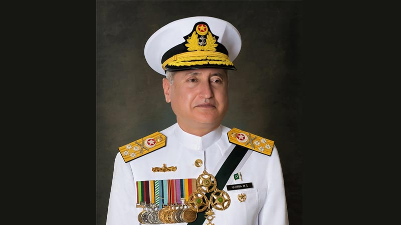 Naval Chief lauds professionalism of Chinese shipbuilders