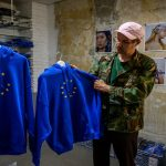 EU 'hoodie' the street cred emblem of German candidates
