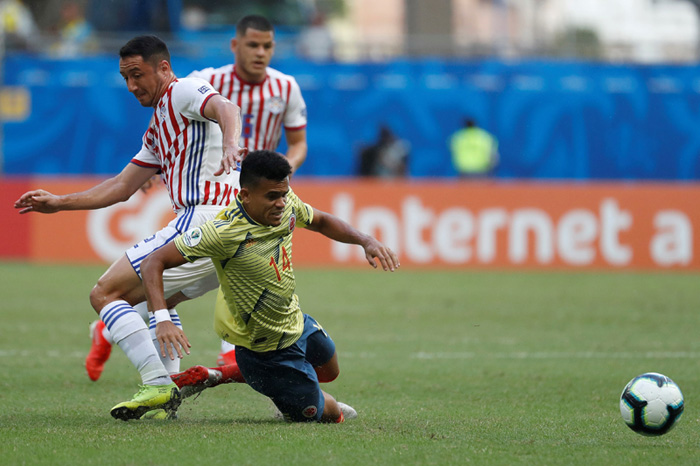 Copa America | Argentina held by Paraguay
