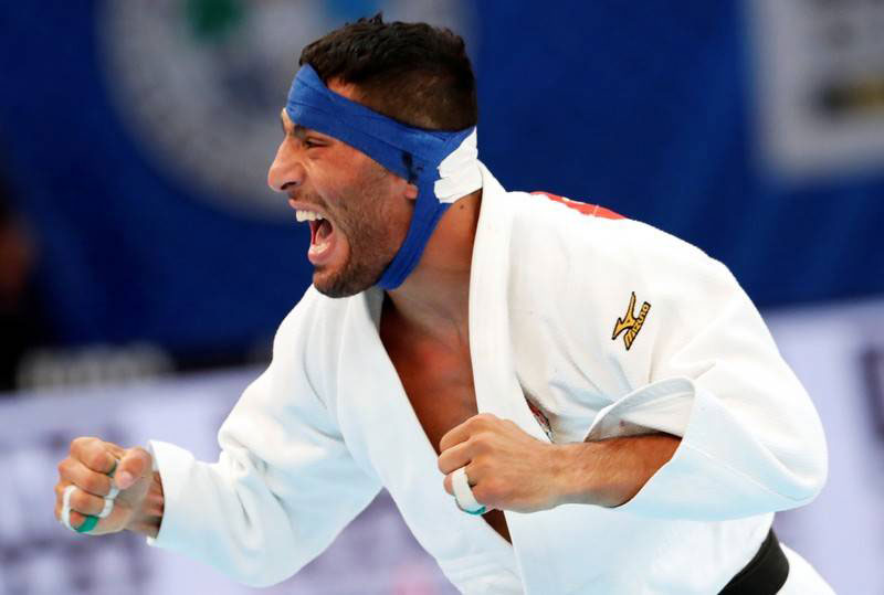 Iranian judoka pressured not to fight Israeli, refuses to return
