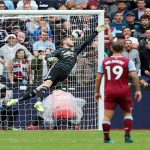 Dismal Manchester United overpowered by West Ham