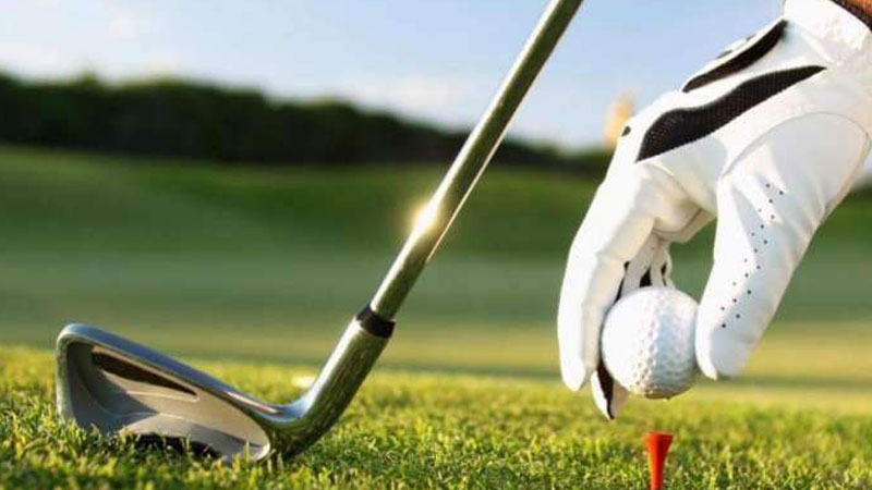 Hamna Amjad leads in 3rd PGA Women's Golf