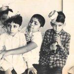Rishi Kapoor shares childhood photo; leaves Anil Kapoor nostalgic