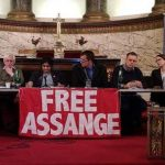 Hundreds of journalists across the world demand freedom for Julian Assange