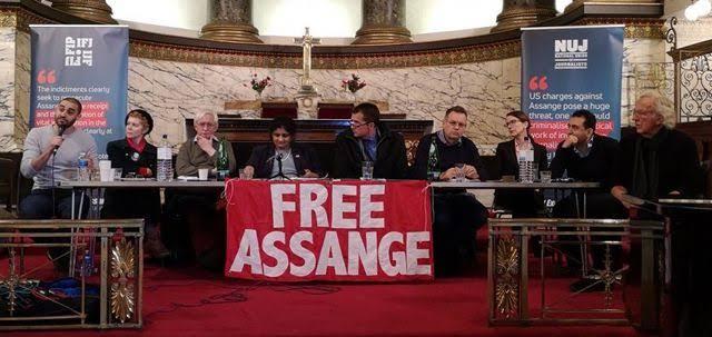 Hundreds of journalists across the world demand freedom for Julian Assange
