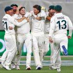 Starc dominates for Australia as New Zealand crumble