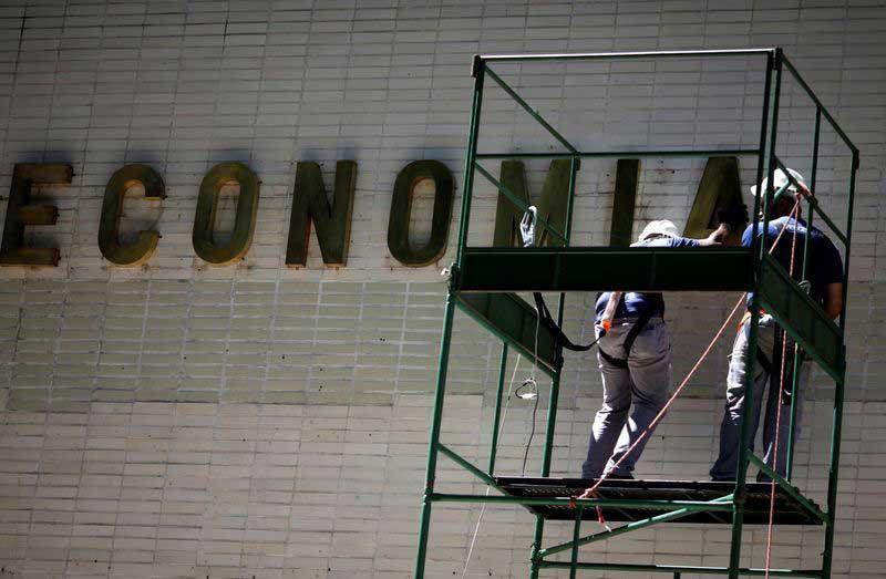 Brazil economic stars align, turning 2020 into 'make or break' year