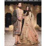 Munib Nawaz, Anaya and Honey Waqar's exquisite collections bring power to the ramp