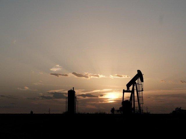 Oil steady as slug ...</p>                     <a class='view_link p-0 hide_div' href=
