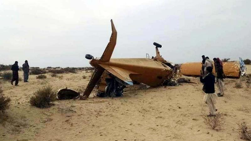 Two killed as aircraft spraying pesticides for locusts crashes