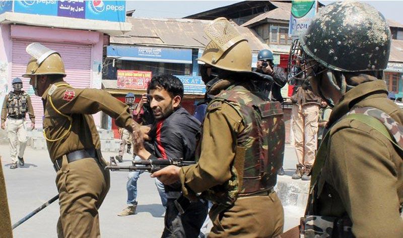No web, no jobs: Kashmiris board the 'Internet Express'