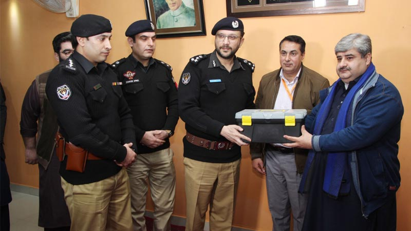 Police get tourniquets for the first time to save lives