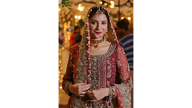 Ramsha shines bright in Badar Mehmood's 'Ishqiya'