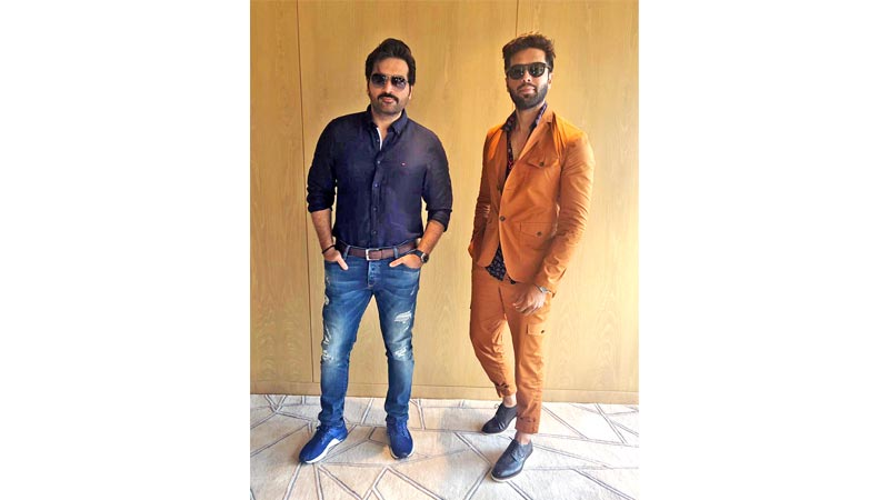Fahad Mustafa is all praise for fellow actor Humayun Saeed