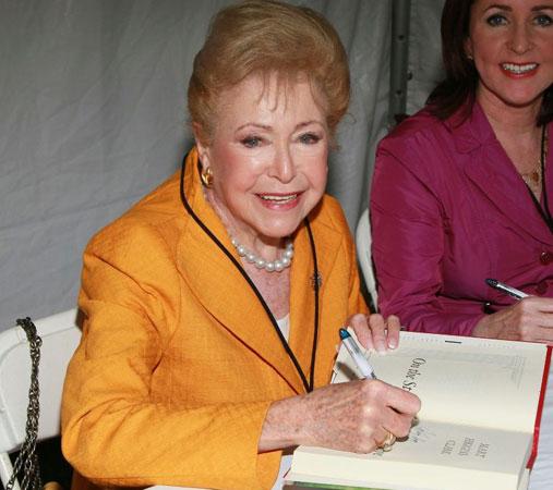 Mary Higgins Clark Dead at 92
