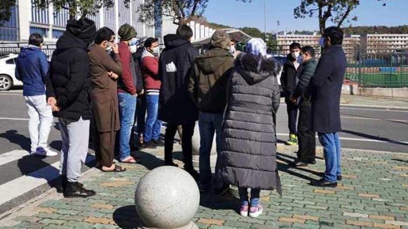 Pakistan diplomats visit Wuhan | Daily times