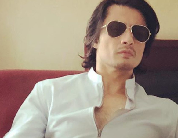 Ali Zafar advises people to wear masks after gas leakage