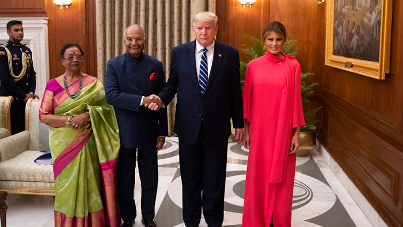 Melania keeps it colourful for the dinner banquet at Rashtrapati Bhavan