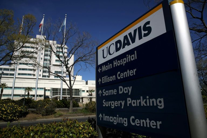 US patient with coronavirus of unknown origin denied test for days