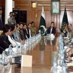 Pakistani nation to confront unprecedented situation of COVID-19 with unity: PM