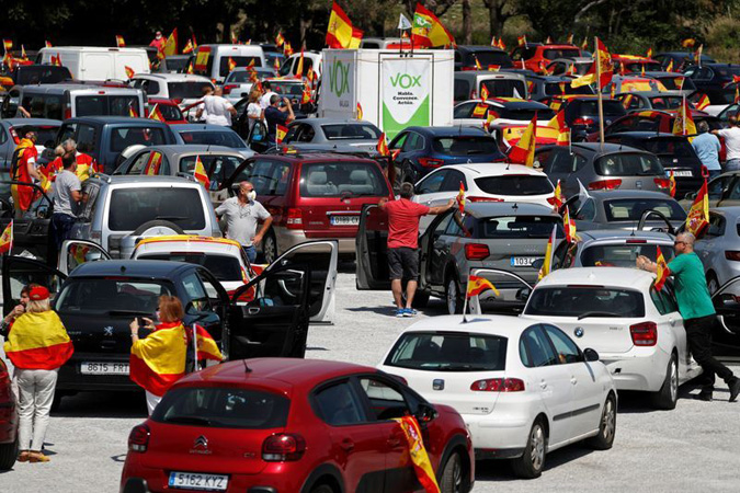 Far-right protests erupt in Spain against coronavirus lockdown