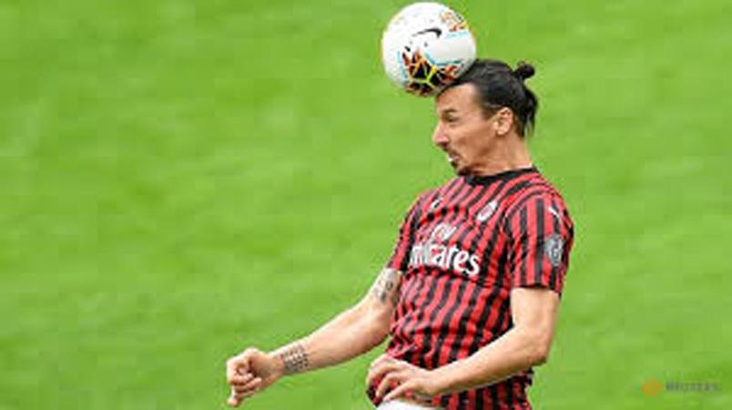 AC Milan confirms injury to Zlatan Ibrahimovic's right leg