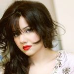 Rabi Pirzada decides to leave Pakistan, appreciate Adnan Sami for living in India