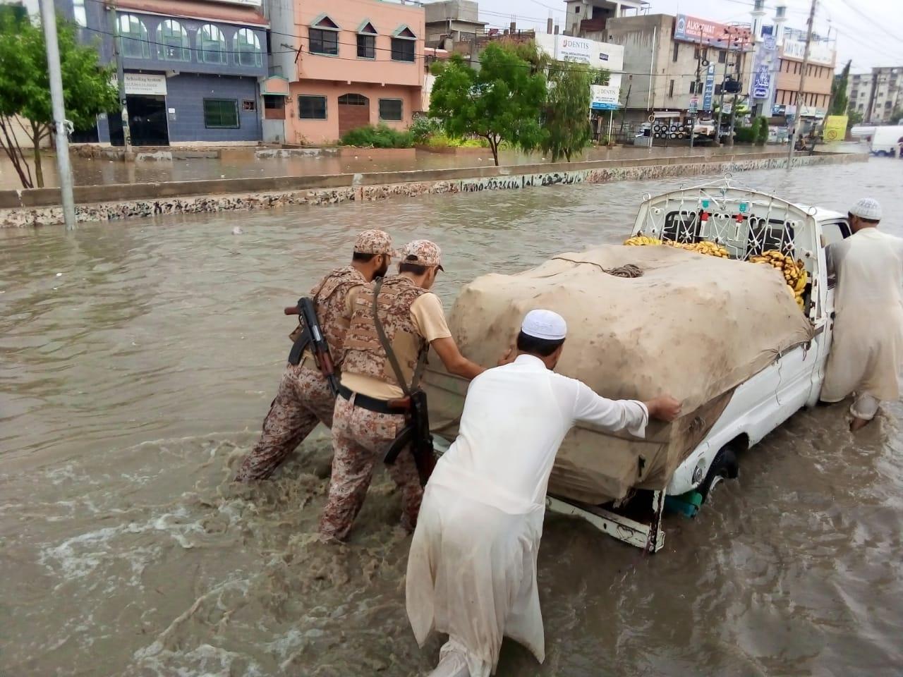Sindh Rangers start relief work in rain-affected areas of Karachi