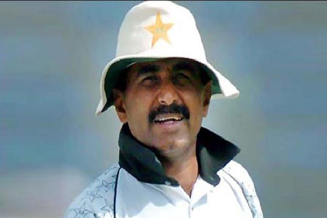 Imran Khan has ruined Pakistan cricket, says Javed Miandad