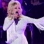 Dolly to sing with Miley and Michael Bublé on 'A Holly Dolly Christmas' album