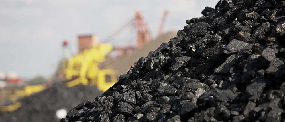 Cement manufacturers urge govt to allow coal unloading at Karachi Port Trust